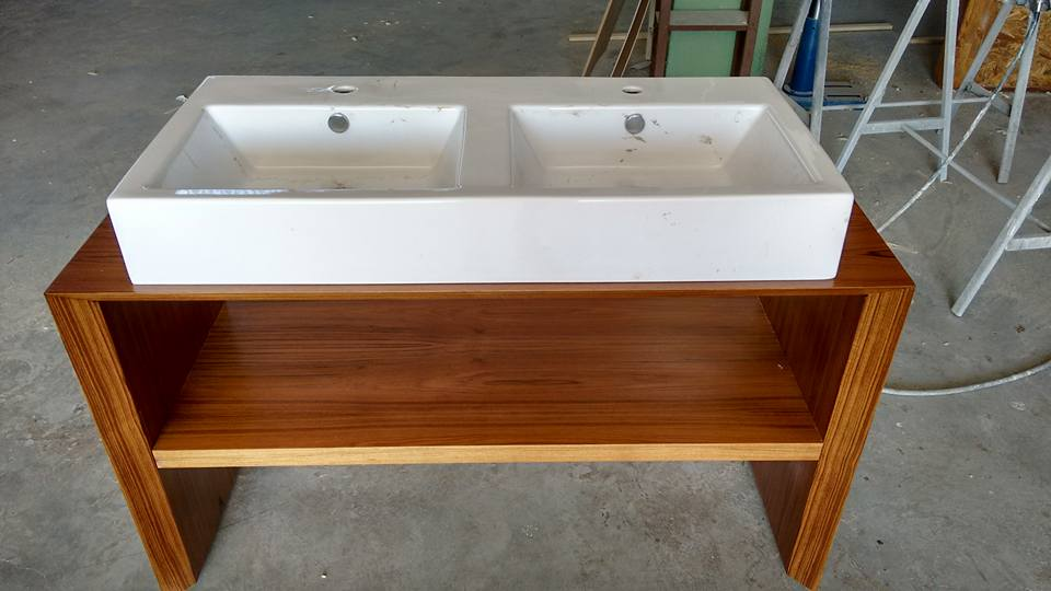 Mobile bagno in legno teak